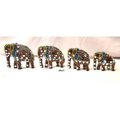 Beautiful Hand Made Glass Decorated Elephant Set