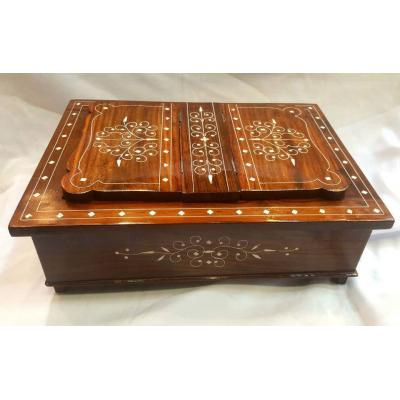 Foldable Wooden Hand Carved Rehal Box for Holy Quran and Holy Books