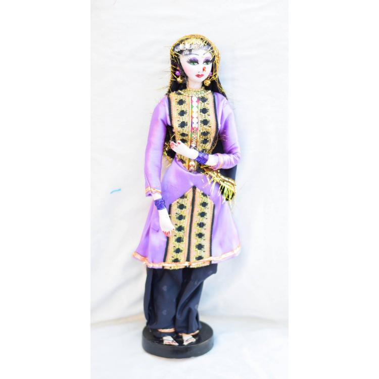 handmade cultural dolls made by Ambreen