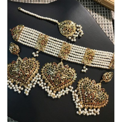 Hyderabadi Necklace Set with Earrings and Tika