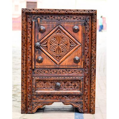 Swat Hand Carved Small Multipurpose Single Door Almirah with Drawer