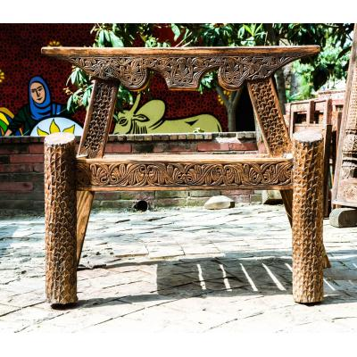 Hand carved sofa made of dayyar wood