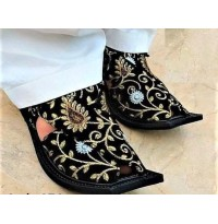 Flower Embroidered Chappal